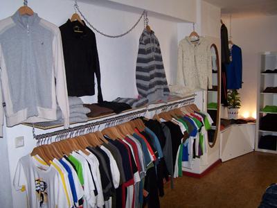 """Laden 04 in Nachhaltige Unternehmen aus Freiburg #01: """"zündstoff. global streetwear"""""""