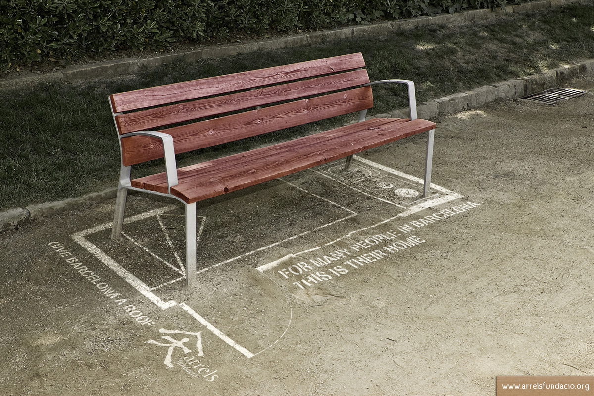 Arrels-fundacio-bench in